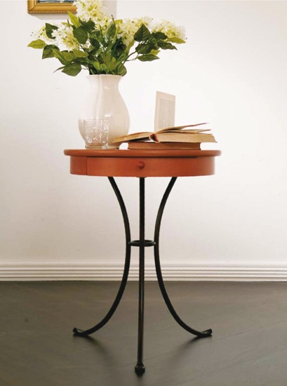 Bedside table made of metal with glass top Vincent, Bontempi Casa