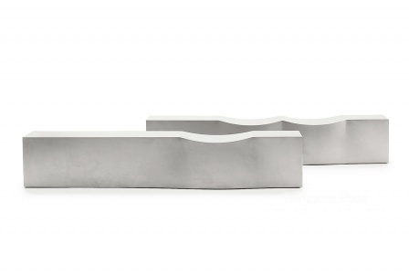 On the sofa with stainless steel base Double Dip by B&B Italia