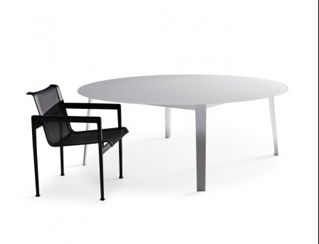Outdoor table with aluminum legs and a glass table-top Gelso B&B Italia